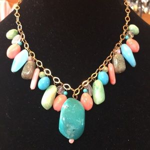 Jewelry - Chunky beautiful Beaded necklace